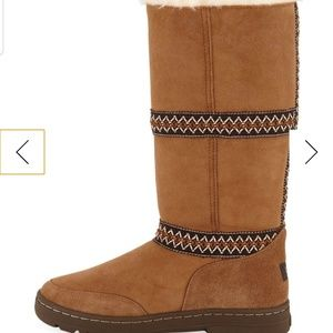 🍂UGGs Revival Tall Boots
